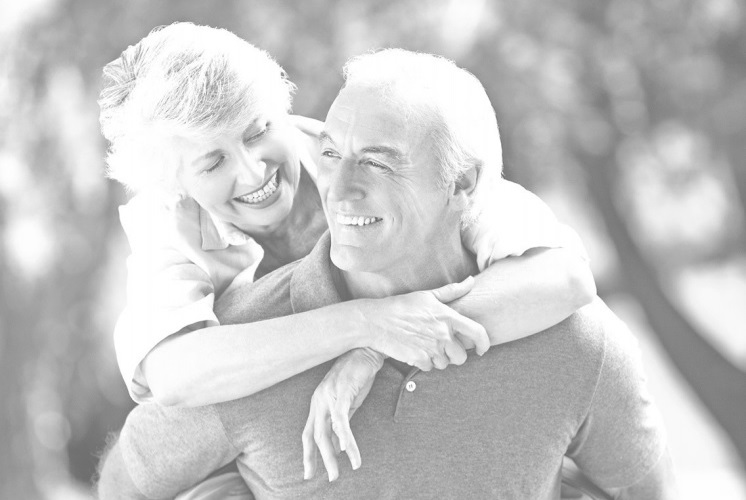 биобилдинг, счастливые мужчина и женщина